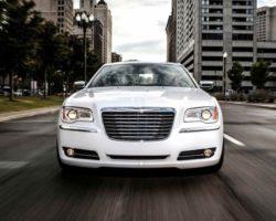 Спецверсия Chrysler 300 Motown Edition 2013 года