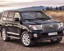 Чиновники скупают Toyota Land Cruiser 200