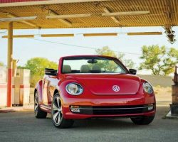 Кабриолет Volkswagen Beetle Convertible 2013: фото, характеристики, цена