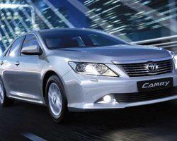 Седан Toyota Camry 2012