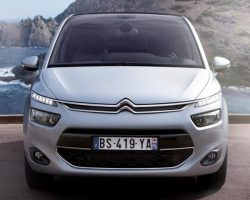 Озвучены российские цены на новый Citroen C4 Picasso 2014