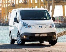 Электрический фургон Nissan e-NV200 2015