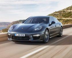 Мощная Porsche Panamera Turbo S 2014 года