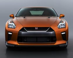 Ресталинговый Nissan GT-R 2017 (фото, цена)