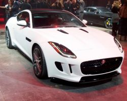 Купе Jaguar F-Type Coupe 2014 года в России