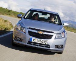 Обзоры б/у авто Chevrolet Cruze (Шевроле Круз). Chevrolet Cruze I (J300): С надеждой на лучшее