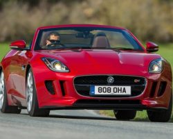Спорткар Jaguar F-Type 2014 в России