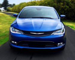Седан Chrysler 200 2015 представлен в Детройте