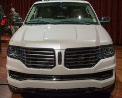Новое поколение Lincoln Navigator 2015