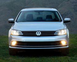 Обновленная Volkswagen Jetta 2015 в России (цена, фото)